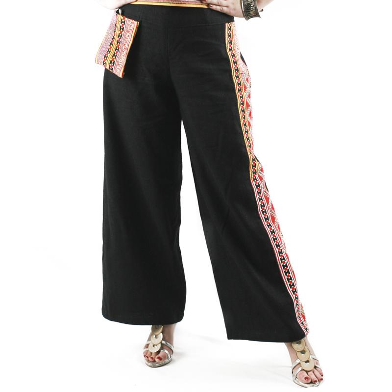 กางเกงขายาวผ้าใยกัญชงสีดำแต่งลายจิกมือชาวเขาติดกระเป๋าห้อย